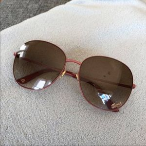 582bc7001c7 Gucci Accessories - 💕RARE Gucci pink aviator sunglasses ✨